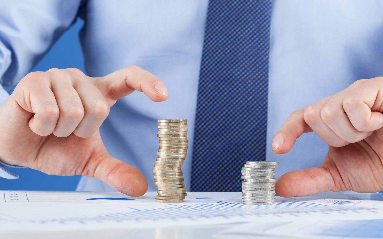 blog-header-man-counting-money-comparison-coins-1170x731